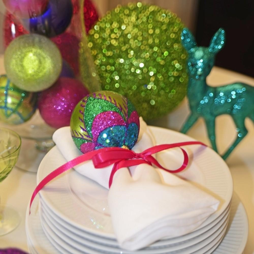 8 cm julekugle, perlemor, lime m/påfugl lilla, grøn, turkis, pink glitter-01